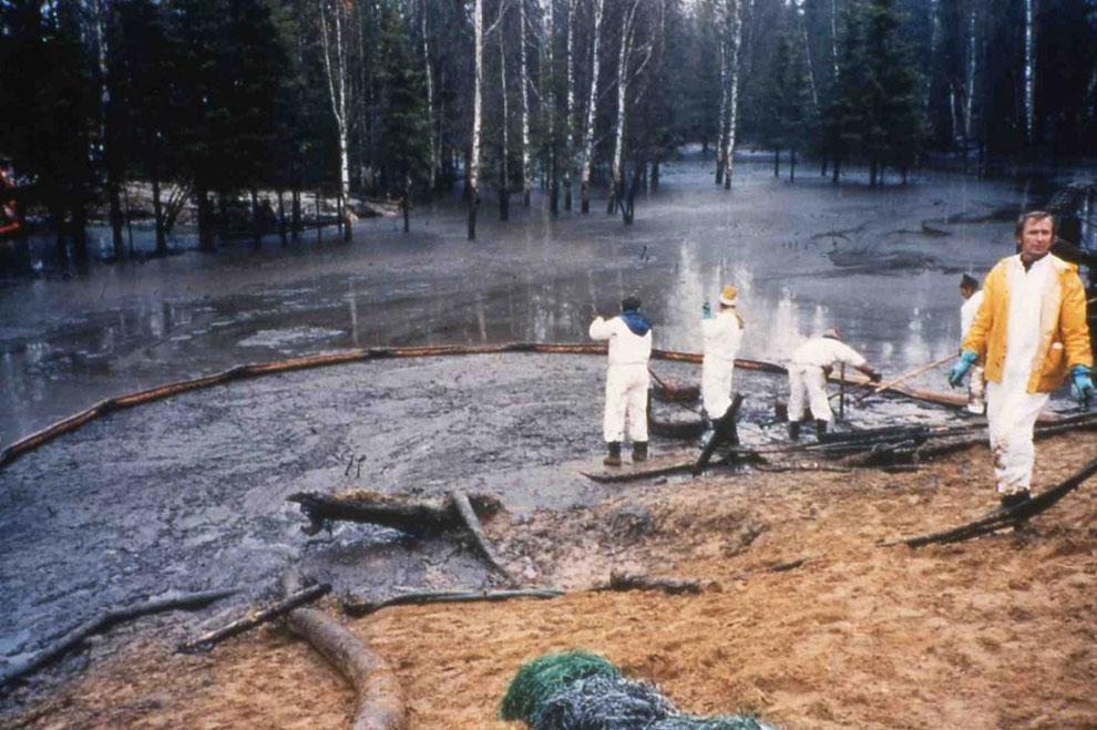 Ликвидация последствий прорыва трубопровода в Республике Коми © ecoindustry.ru