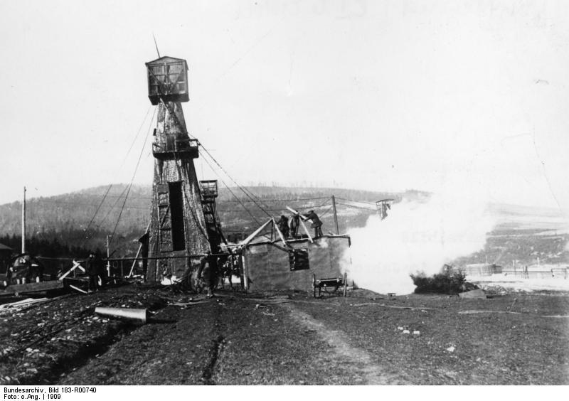 ADN-ZB/Archiv Rußland 1909 Bohrtürme auf den Ölfeldern von Boryslaw in Galizien. [Scherl Bilderdienst]
