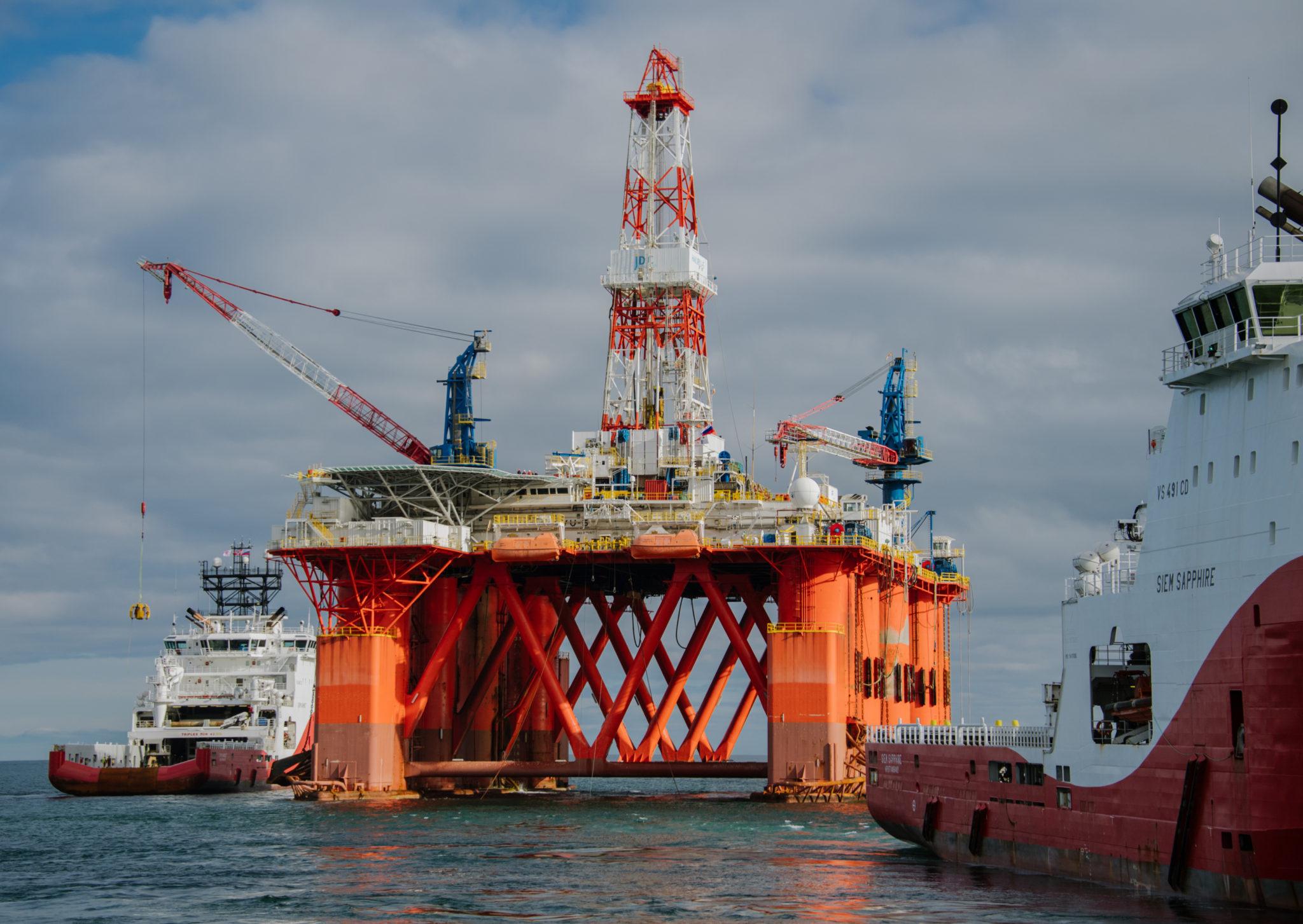 Морская перспектива: «Газпром нефть» и «Роснефть» соревнуются в геологоразведке на шельфе