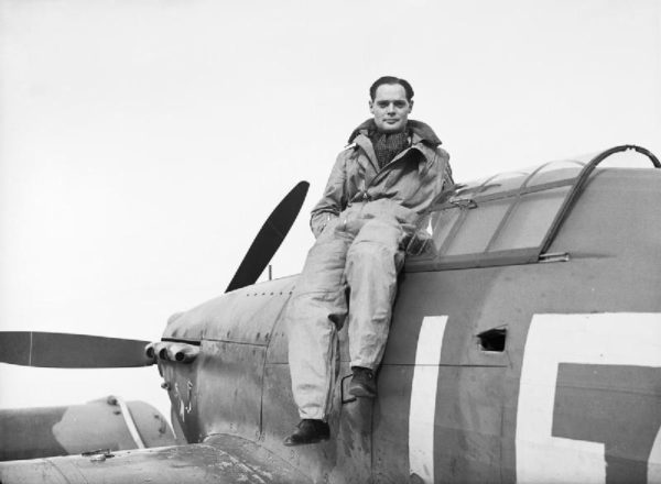 Squadron_Leader_Douglas_Bader,_CO_of_No._242_Squadron,_seated_on_his_Hawker_Hurricane_at_Duxford,_September_1940