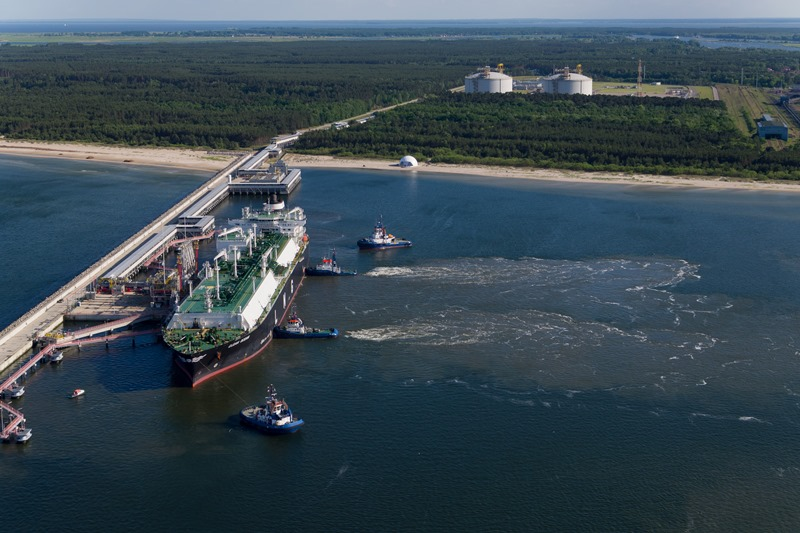picture-of-the-day-first-us-lng-cargo-to-poland