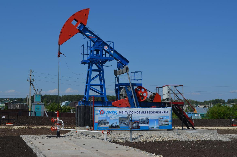 ЛУКОЙЛ планирует увеличить добычу нефти и сеть АЗС в Татарстане