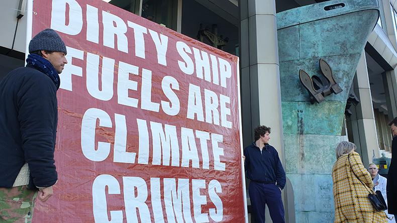В Арктике планируют запретить использование флотского мазута