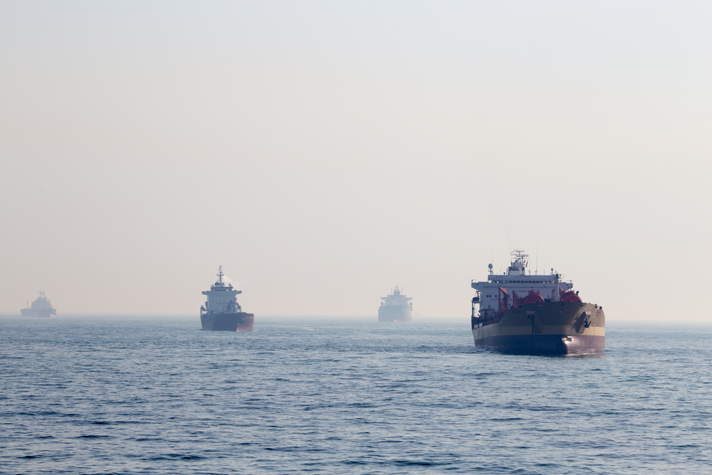 http://neftianka.ru/wp-content/uploads/2020/02/South-Korea-oil-tankers.jpg