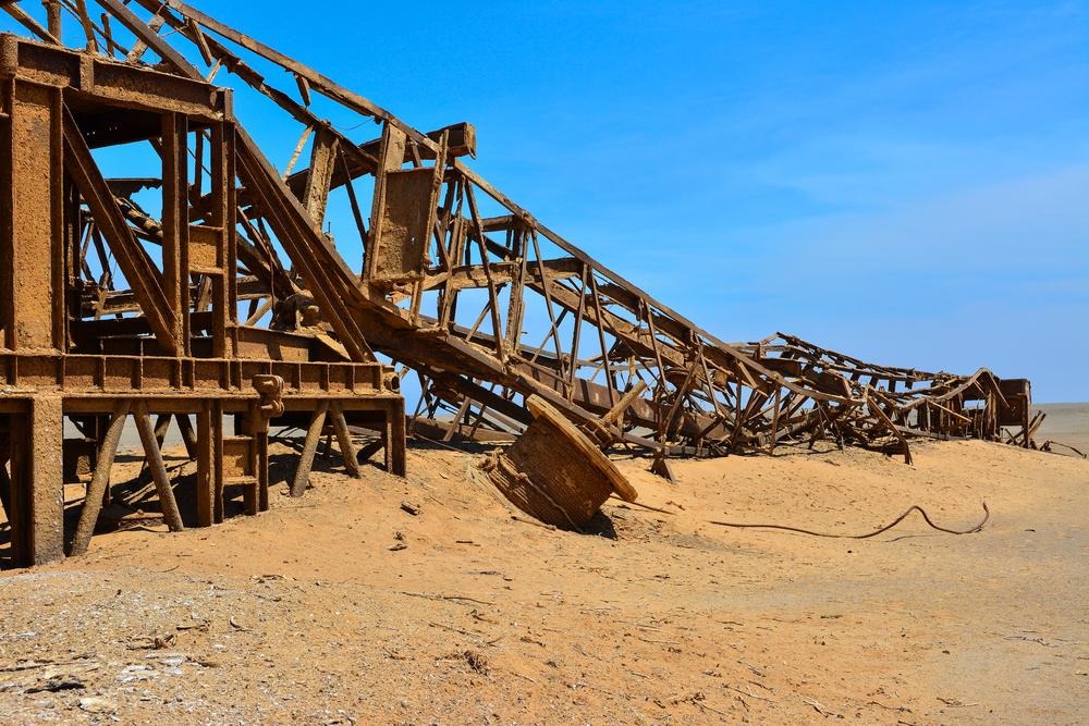 Технико-экономические и геологические аспекты вынужденного сокращения добычи нефти